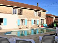 French property for sale in MAGNAC LAVALETTE VILLARS, Charente - €165,000 - photo 2