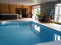 - Indoor swimming pool / Jaccuzi / Sauna / Massage studio