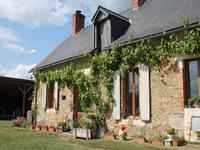 French property for sale in VAULANDRY, Maine et Loire - €172,800 - photo 2