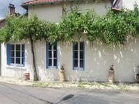 French property for sale in LA CHAPELLE BATON, Vienne - €54,000 - photo 2