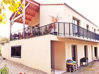 French property for sale in ST GELAIS, Deux Sevres - €328,600 - photo 3
