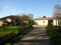 French property for sale in PORT STE FOY ET PONCHAPT, Gironde - €256,000 - photo 2