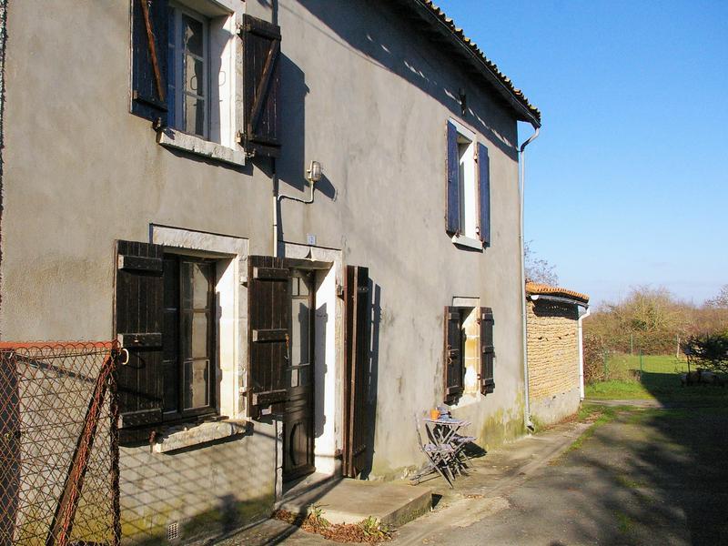 Maison à vendre à EXOUDUN(79800) - Deux Sevres