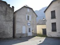 French property for sale in FOS, Haute Garonne - €107,000 - photo 2