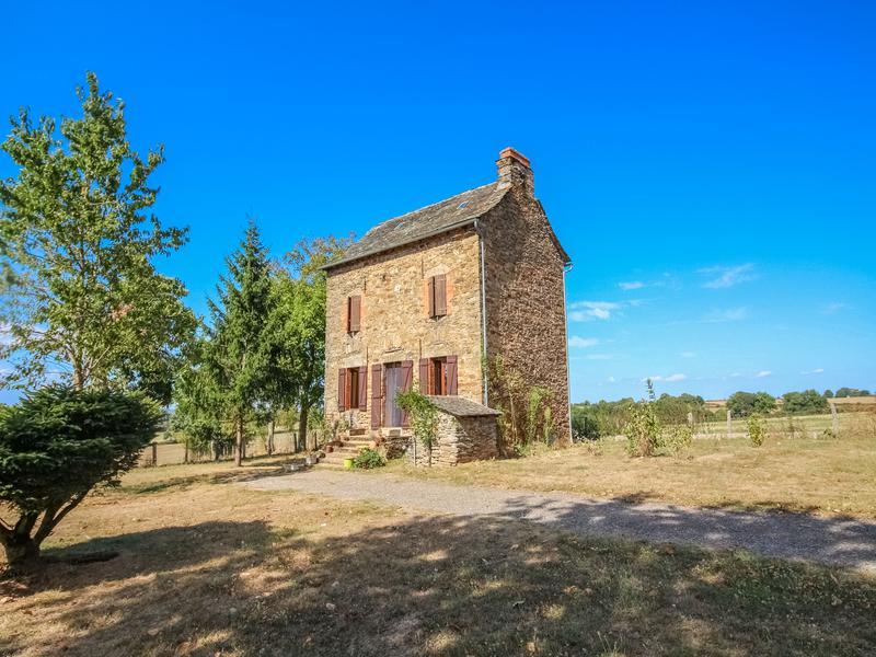 Maison à vendre à CASSAGNES BEGONHES(12120) - Aveyron