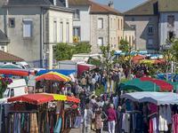 Terrain à vendre à CHALUS en Haute Vienne - photo 6
