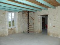 Maison à vendre à BOISBRETEAU en Charente - photo 1