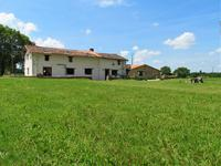 French property for sale in MAUPREVOIR, Vienne - €280,900 - photo 10