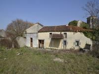 French property for sale in MATHA, Charente Maritime - €178,200 - photo 4