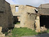 French property for sale in MONGAILLARD, Lot et Garonne - €22,000 - photo 2