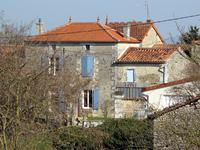 houses and homes for sale inNANCLARSCharente Poitou_Charentes