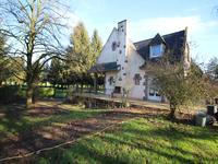 French property for sale in RENAZE, Mayenne - €214,000 - photo 2