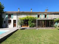 houses and homes for sale inST PIERRE D AMILLYCharente_Maritime Poitou_Charentes