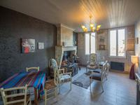 French property for sale in CHEVANCEAUX, Charente Maritime - €299,995 - photo 4