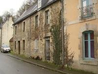French property for sale in GUEMENE SUR SCORFF, Morbihan - €25,000 - photo 2