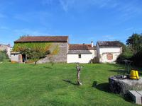 French property for sale in ASNIERES SUR BLOUR, Vienne - €157,000 - photo 2