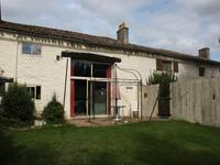 French property for sale in MONTAZEAU, Dordogne - €210,600 - photo 3