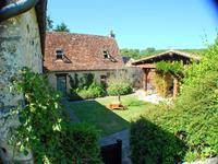 French property for sale in CADOUIN, Dordogne - €325,000 - photo 2