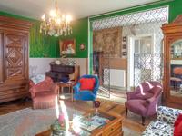 French property for sale in CASTILLON LA BATAILLE, Gironde - €299,600 - photo 4