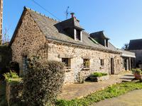 French property for sale in PLOUEZEC, Cotes d Armor - €296,800 - photo 4