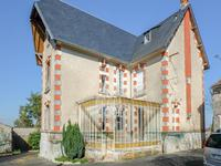 French property for sale in BEAUVAIS SUR MATHA, Charente Maritime - €265,500 - photo 2
