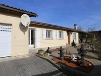 French property for sale in ST BONNET SUR GIRONDE, Charente Maritime - €205,200 - photo 10