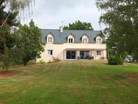 French property for sale in LA CHAPELLE DE BRAIN, Ille et Vilaine - €258,298 - photo 1