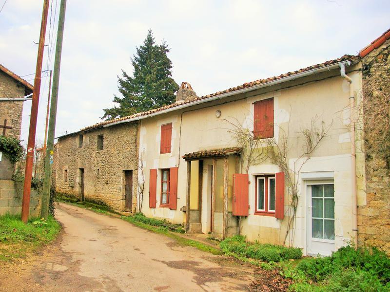 Maison à vendre à CURZAY SUR VONNE(86600) - Vienne
