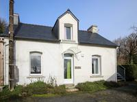 French property for sale in GOURIN, Morbihan - €297,460 - photo 2