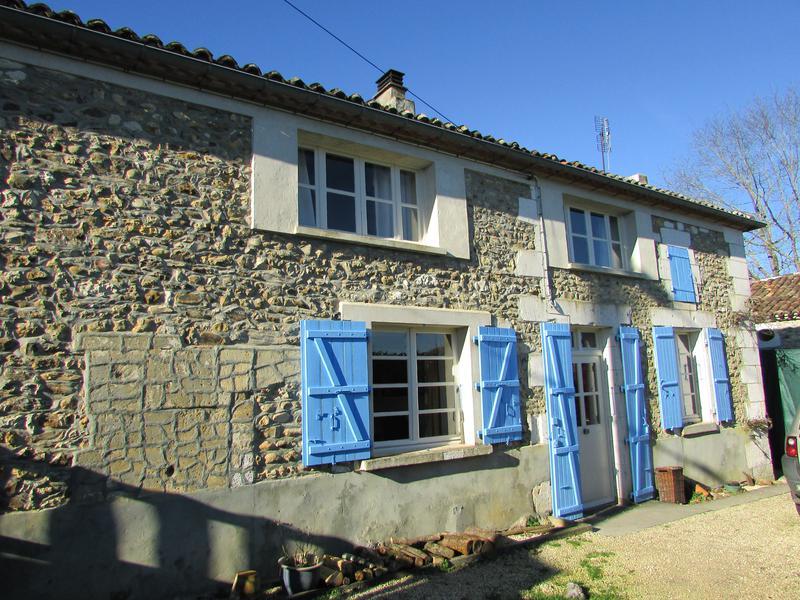 Maison à vendre à ROUGNAC(16320) - Charente