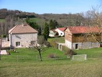 French property for sale in PUJOLS, Lot et Garonne - €412,200 - photo 10