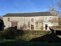 French property for sale in PRE EN PAIL, Mayenne - €26,000 - photo 2