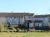 French property for sale in VERTEILLAC, Dordogne - €177,000 - photo 2