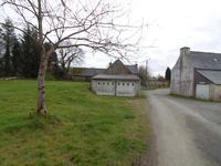 French property for sale in SAINT THEGONNEC LOC EGUINER, Finistere - €54,800 - photo 3