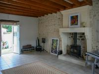 French property for sale in VARAIZE, Charente Maritime - €224,700 - photo 5