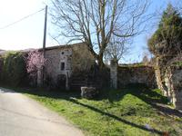 French property for sale in LES SALLES LAVAUGUYON, Haute Vienne - €22,000 - photo 5