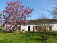 French property, houses and homes for sale inCHANTILLACCharente Poitou_Charentes