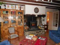French property for sale in GUEMENE PENFAO, Loire Atlantique - €183,600 - photo 2