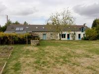 French property for sale in GUEMENE PENFAO, Loire Atlantique - €183,600 - photo 4