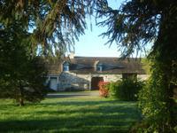 French property for sale in GUEMENE PENFAO, Loire Atlantique - €183,600 - photo 9