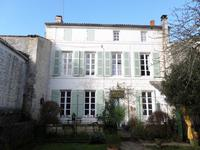 French property for sale in SAINTES, Charente Maritime - €351,750 - photo 10