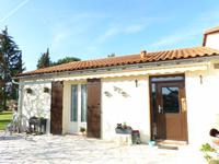 French property for sale in BARBEZIEUX ST HILAIRE, Charente - €230,050 - photo 2