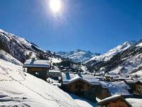 French property for sale in ST MARTIN DE BELLEVILLE, Savoie - €570,000 - photo 6