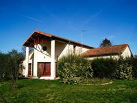houses and homes for sale inL ABSIEDeux_Sevres Poitou_Charentes