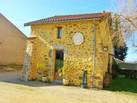 French property for sale in GOURGE, Deux Sevres - €349,800 - photo 5