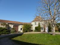 French property for sale in BROSSAC, Charente - €349,800 - photo 4