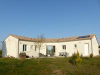 houses and homes for sale inBARBEZIEUX ST HILAIRECharente Poitou_Charentes