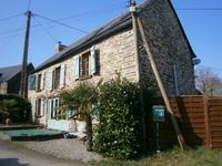 French property for sale in LOYAT, Morbihan - €139,000 - photo 2