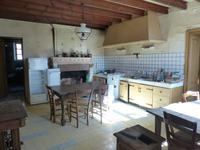 French property for sale in EPARGNES, Charente Maritime - €133,000 - photo 3