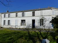 French property for sale in EPARGNES, Charente Maritime - €133,000 - photo 2